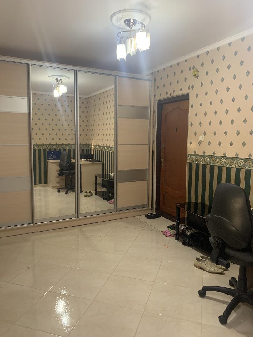 продажа трехкомнатной квартиры номер A-163619 в Киевском районе, фото номер 18